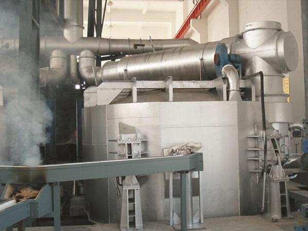 液压倾动式熔铝炉